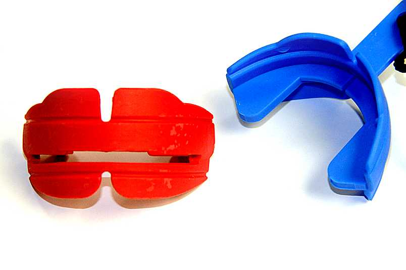 Orthodontic Mouth Guard for Braces